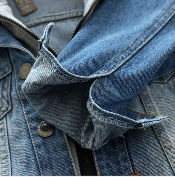 Veste en jean avec capuche édition 2019